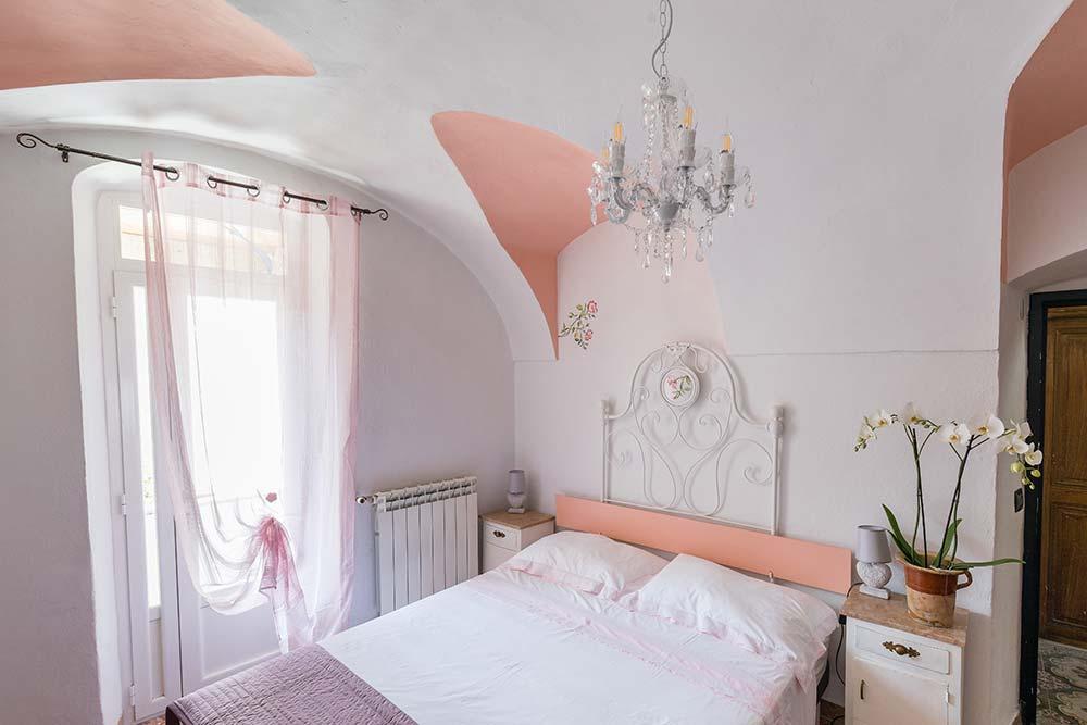 Bed & Breakfast Dolceacqua - camera delle rose