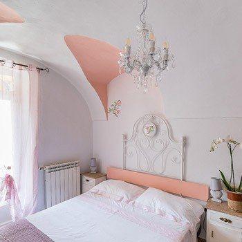 Bed & Breakfast Dolceacqua - camera da letto